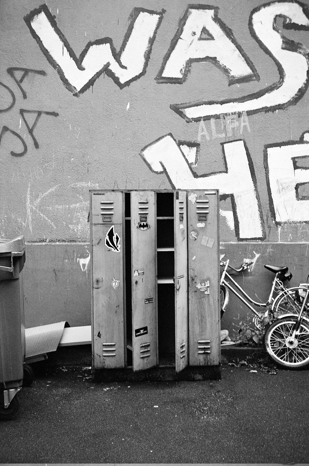 Film - IX - Lockers