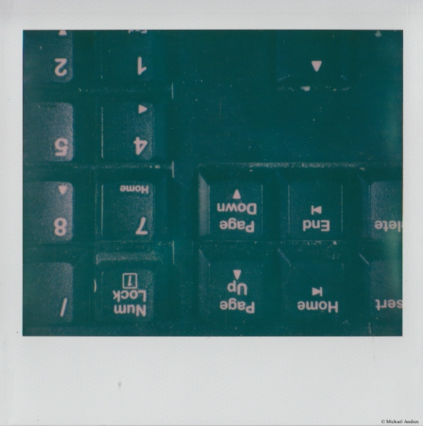 PZ078_XII_Habit-Keyboard-SIG